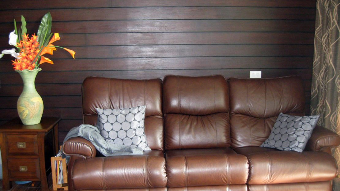 Khao Tao Beach Front Condo for Sale Leather couch