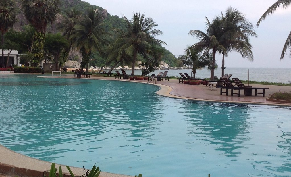 Large Pool - Khao Tao Beach Front Condo for Sale