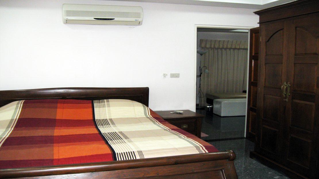 Hua Hin Condo for rent at Khao Takiab Beach