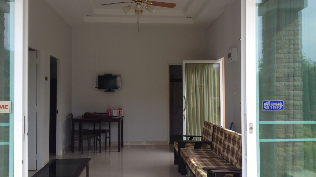 Fully furnished room at the Home for Rent in Khao Tao