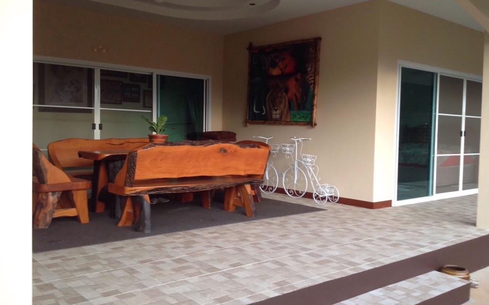 [:en]Pranburi 2 bedroom resort home[:th]Pranburi pool home porch area[:de]Pranburi pool home porch area[:]