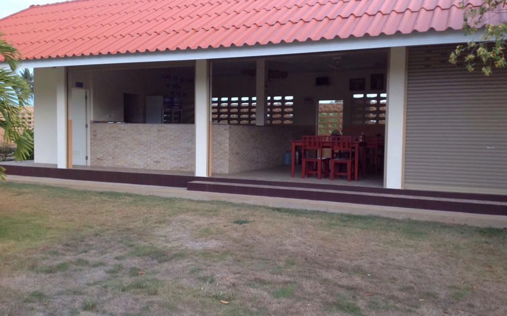 [:en]Entertainment area pool side in Pranburi 2 bedroom resort home[:th]Entertainment area pool side in Pranburi home[:de]Entertainment area pool side in Pranburi home[:]