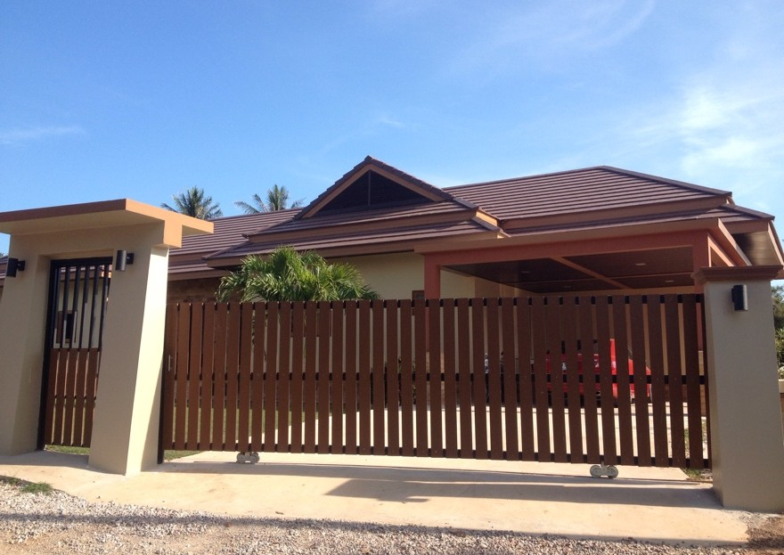 [:en]Bali Pool Villa for Sale in Pranburi Car park entrance to Bali pool villa for sale[:th]Car park entrance to Bali pool villa for sale[:de]Car park entrance to Bali pool villa for sale[:]