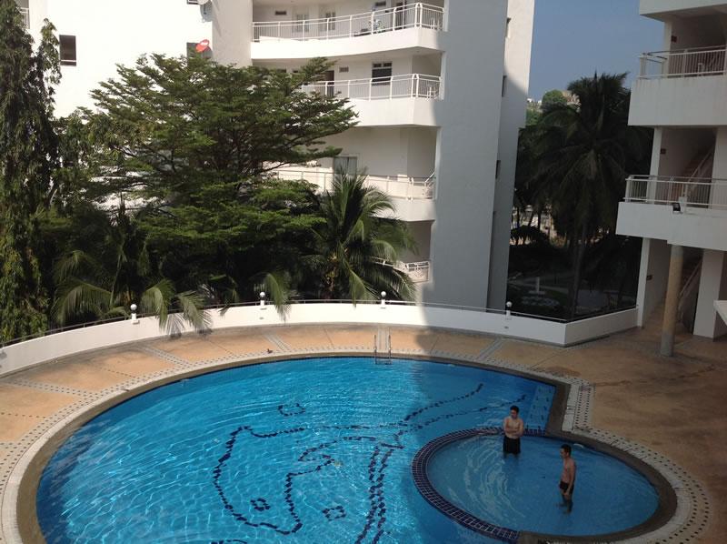 [:en]Hua Hin condo for rent at Khao Takiab beach semi-private pool[:th]Private pool at Jamchuree condo in Khao Takiab[:de]Private pool at Jamchuree condo in Khao Takiab[:]