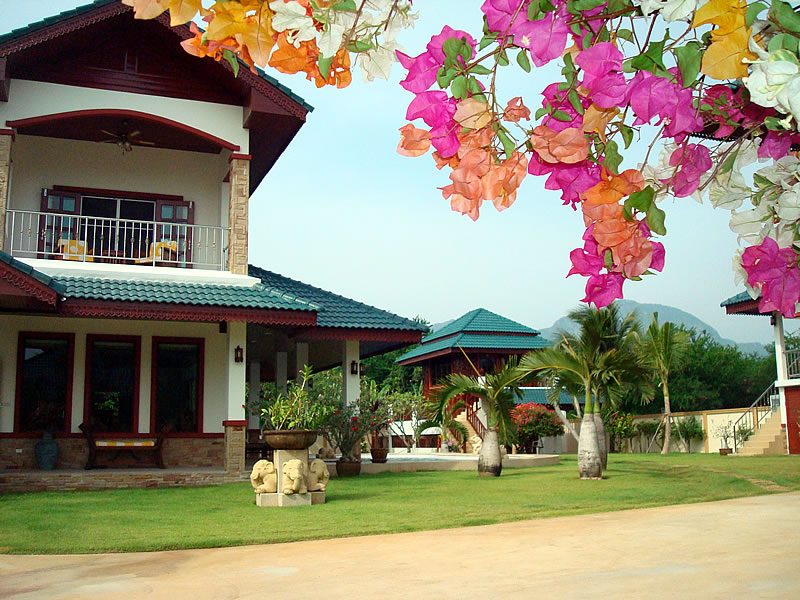[:en]Sam Roi Yot Resort for Sale[:]