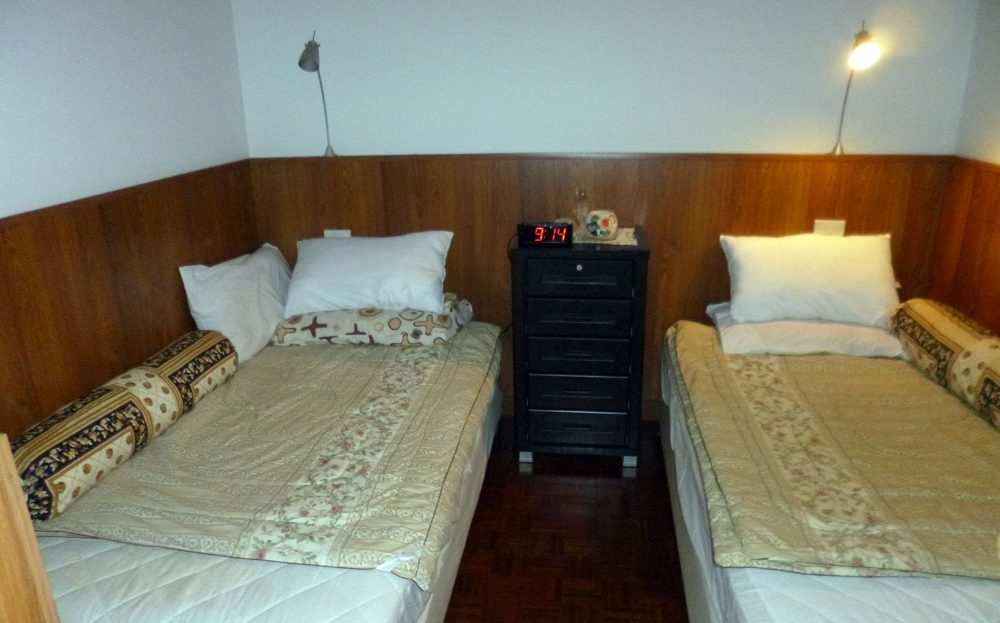 [:en]Khao Tao Beach Condo for Sale[:th]Bedroom Khao Tao beach condo[:de]Bedroom Khao Tao beach condo[:]