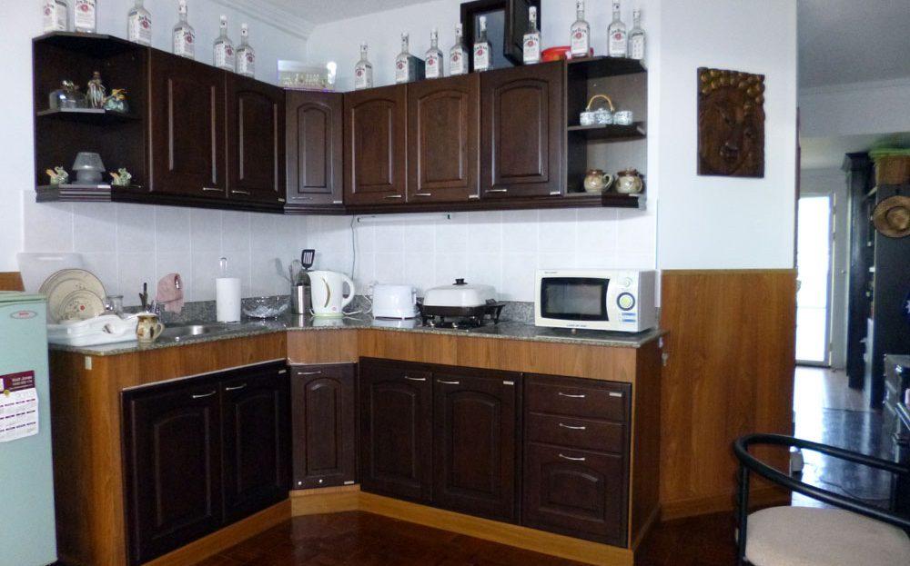 [:en]Khao Tao Beach Condo for sale - Custom condo kitchen[:th]Custom condo kitchen[:de]Custom condo kitchen[:]