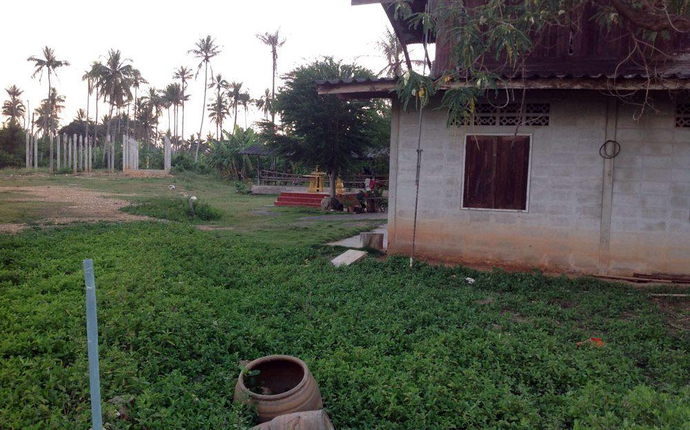 [:en]land for sale in Pranburi - 2 rai land includes 2 floor home [:]