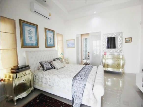 Hua Hin Pool villa for rent Luxury bedroom