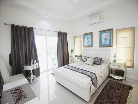 Luxury Hua Hin Pool villa for rent master bedroom