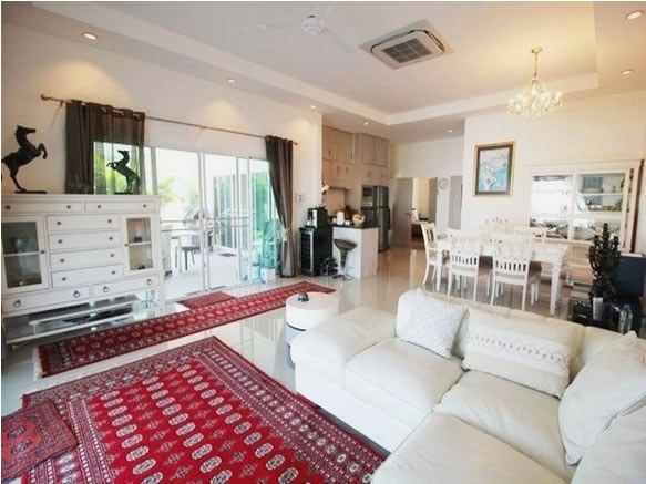 Hua Hin Pool villa for rent Fully furnished livingroom