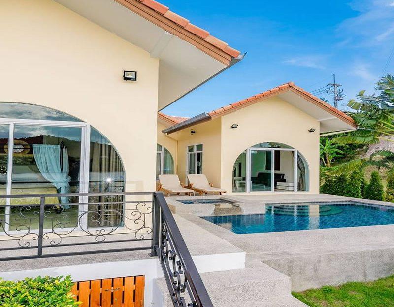 Hua Hin Pool Villa for sale in Black Mountain