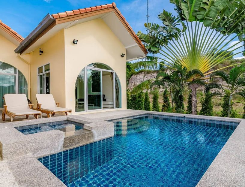 Hua Hin Pool Villa for sale in Black Mountain