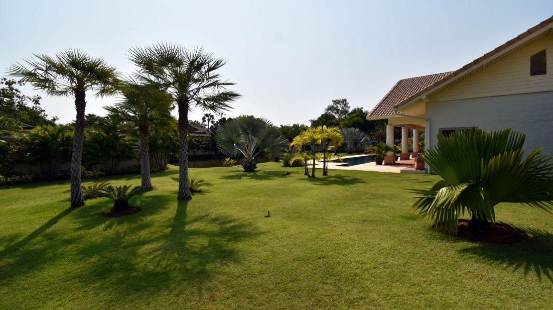 Lush Gardens - Bali Pool Villa Sale Khao Kalok