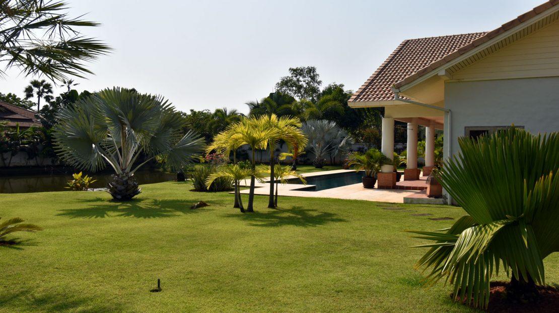 Garden - Bali Pool Villa Sale Khao Kalok